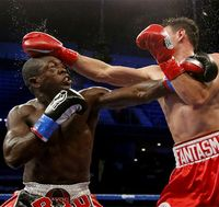 la-sp-boxing-20121125-001